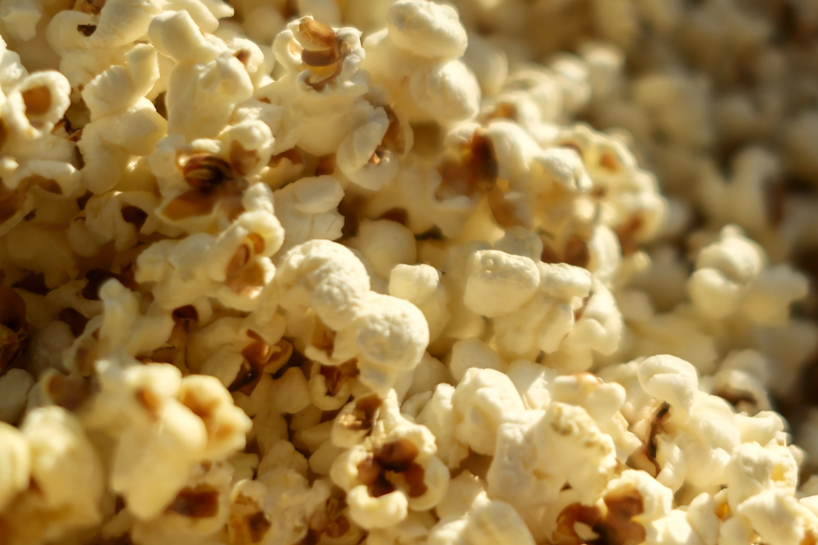 Popcorn healthy snack with MARPHYL Liquid Sea Salt