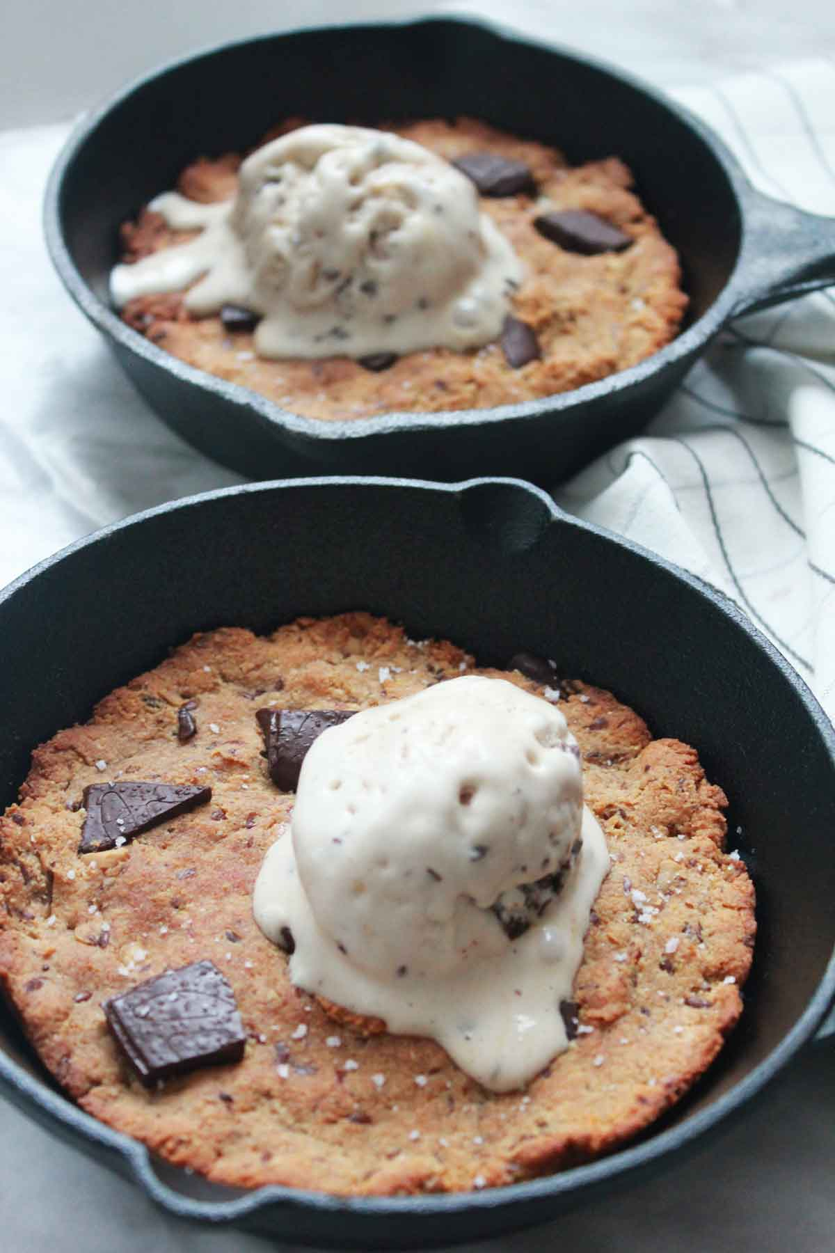 Chocolate Skillet Cookie with MARPHYL Sea Salt